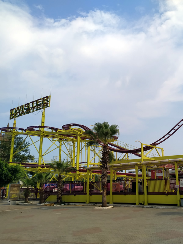 Twister Coaster Unit